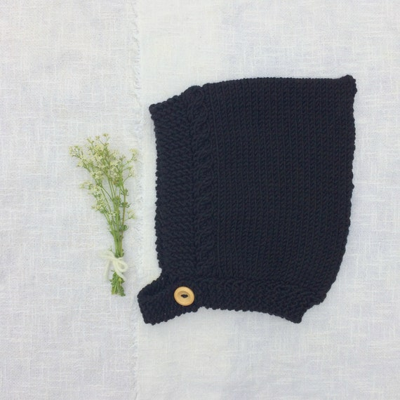 Merino Wool Cable Knit Pixie Hat - Black
