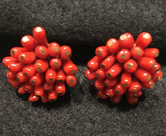 Vintage Coral Clip On Earrings