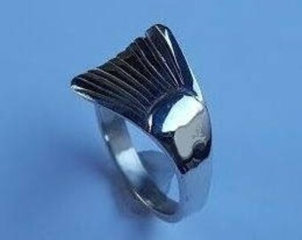 Ladies Sterling Silver Trout Tail Ring T24