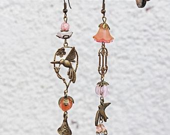 Earrings birds Boho chic Bronze glass beads asymmetric pink Korall Chandeliers long hippie unique bird