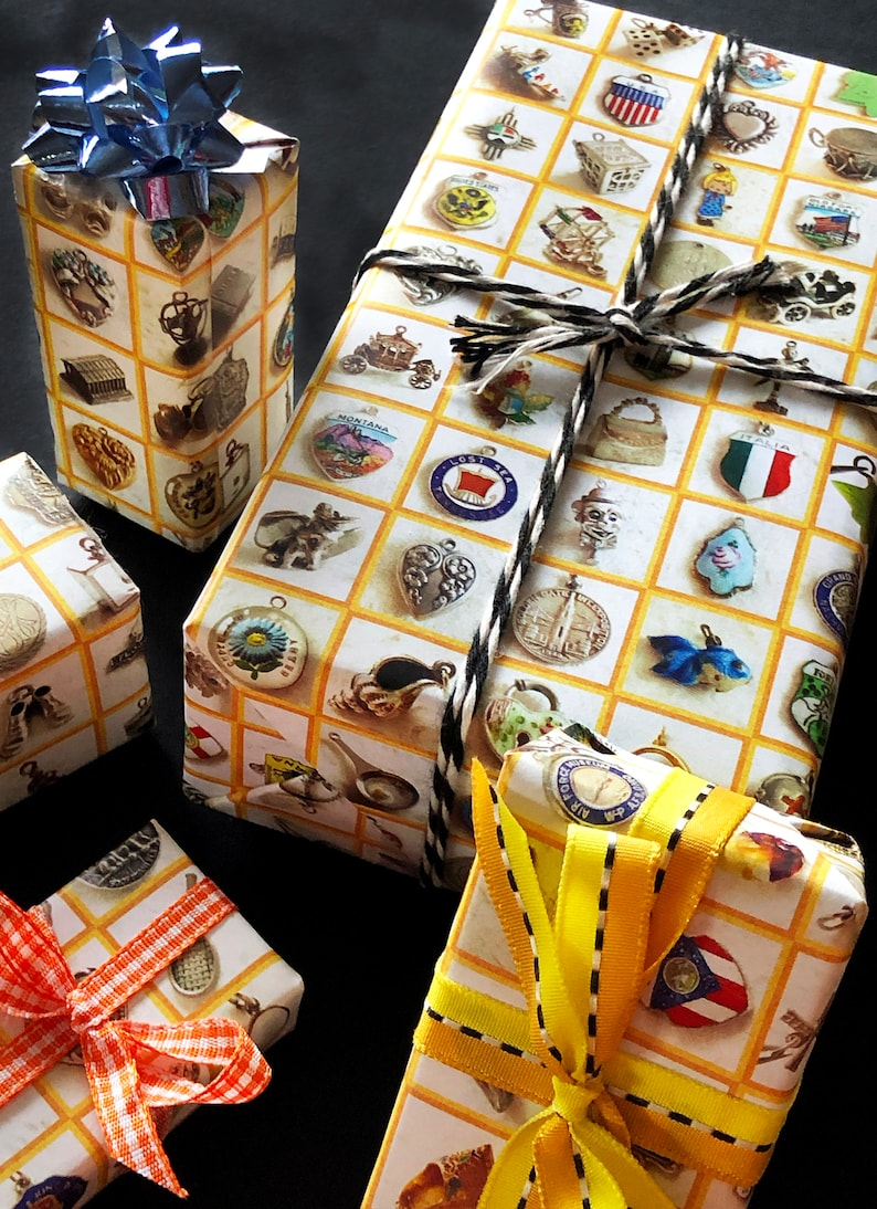 A Genuine Find design It/'s Simply Charming wrapping paper for gifts /& scrapbooking