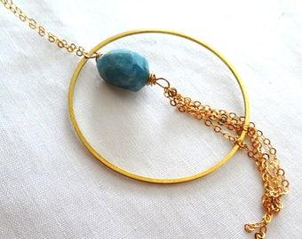 Raw aquamarine circle tassel pendant- Blue aquamarine boho gemstone gold filled pendant- Raw stone fashion pendant- Women jewelry gift