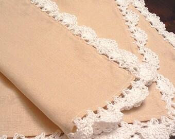 Lace crochet linen placemats- Table decor linens -Crochet table setting linens set-Beige white crochet placemats. Handmade wedding linens