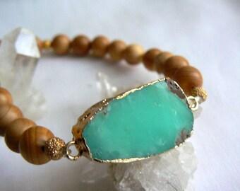 Chrysoprase gemstone stretch bracelet. Gemstone jewelry. Women stretch wood stone slice bracelet. Boho green brown bracelet. women gift