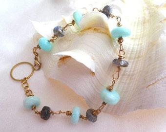 Blue opal labradorite bracelet- Blue gemstone bracelet- Blue opal dainty bracelet-Wire wrapped stone gold bracelet-Women jewelry gift