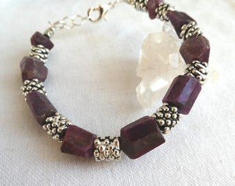 Raw ruby gemstone bracelet- unisex ruby chunky bracelet-Silver ruby rough stone bracelet- raw ruby men bracelet-Boho gemstone jewelry gift