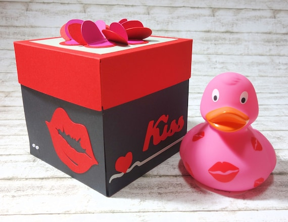 24 ct Valentines Day Love Rubber Duckys