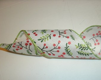5 yds of Christmas Ribbon, Holiday Ribbon, Seasonal Ribbon, Christmas Ribbon, Wired Edge Ribbon, Evergreen, Berries,