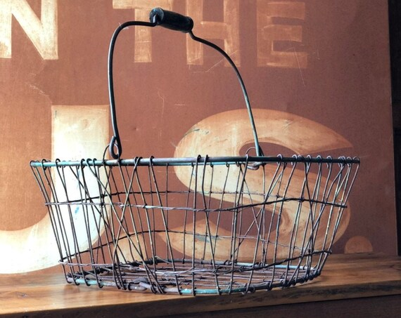 Antique Wire Basket With Wood Handle, Rustic Metal Wire Basket, Industrial Storage Basket, Industrial Decor