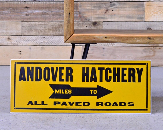 Vintage Andover Hatchery Sign, EXCELLENT Condition, Old Yellow And Black Farm Sign, Andover Michigan Sign, Arrow Sign