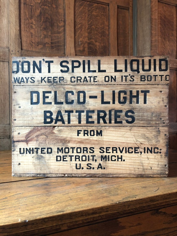 Antique Crate, Delco Car Batteries Antique Automobilia, United Motors Service Detroit Michigan, Gas And Oil Crate, Industrial Storage