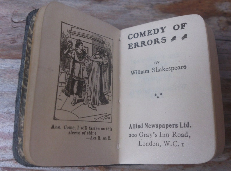 Vintage tiny book Comedy of Error's by William Shakespeare image 1