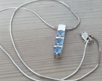 Vintage sterling silver and blue stone pendant and chain