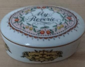 Vintage Franklin porcelain music box