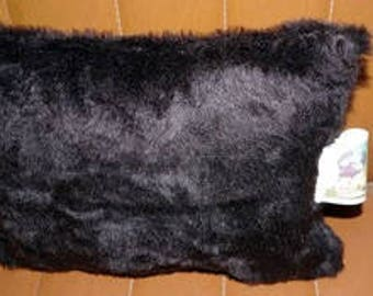 king kong (faux fur) fur pillow
