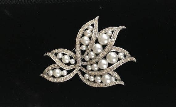 Pearl crystal Brooch, Rhinestone Pearl pin, leaf … - image 1