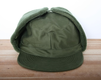 f8fcbea0efae3d Sz. S | Vintage Army Green Insulated Faux Fur Lined Trapper Hunting Hat  w/Ear Flaps