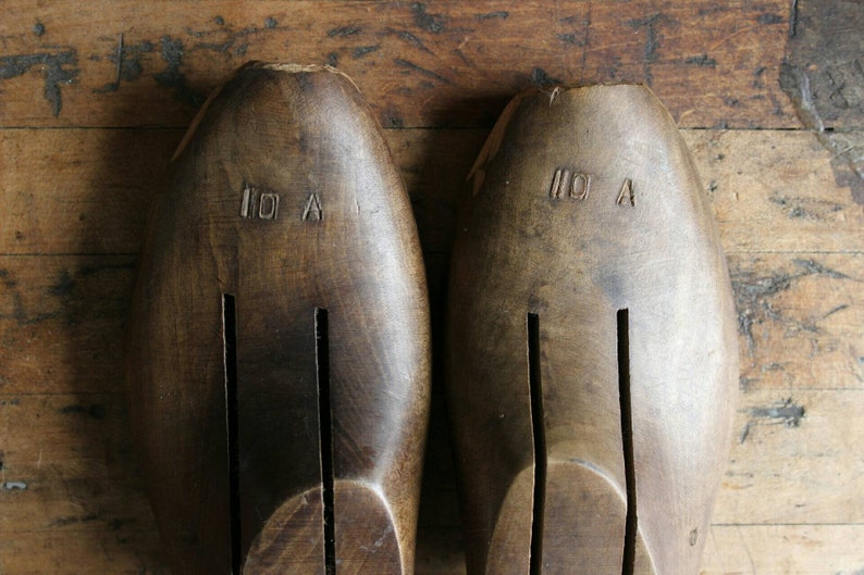 Rustic Pair Size 10 A Vintage Shoe Trees Brocante Wood Shoe Form