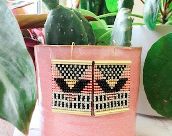 Beaded geometric earrings, seed bead eaarings, native earrings, woven earrings, large earrings, geometric earrings, pink gold earrings,