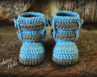 Crochet Pattern Baby Booties - Boys or Girls Double Strap Baby Booties/ Pattern number 028. Includes 3 sizes up to 1 yr-Instant PDF Download