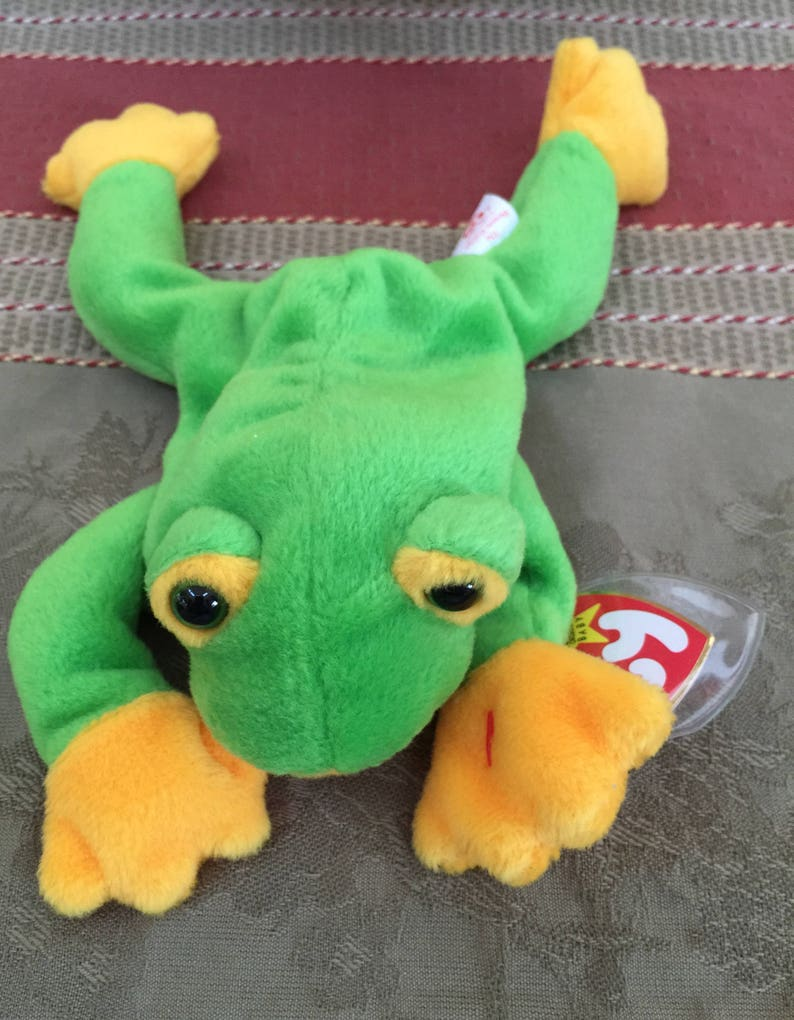 1a72d7e5533 Ty Beanie Babies Smoochy Frog Collectible Toys Retired
