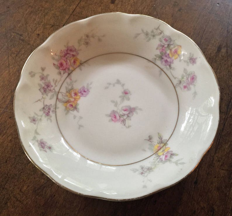 Vintage China France Wedding China Shabby LIMOGES ANTIQUES SET 4 Pieces Berry Bowls Bridal Gift Thiodore Haviland Cottage Chic