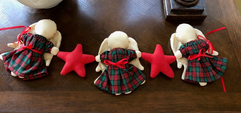 Angel Collection Shabby Chic CountryChristmas Vintage Gift Vintage Christmas Angel Decoration 3 Angels With Stars Farmhouse Red Plaid