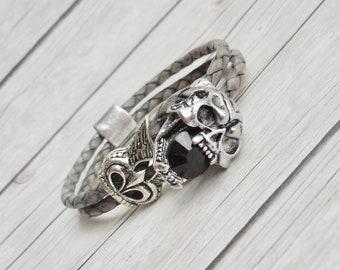 Natural gray leather bracelet mens skull skull clasp clasp Jet crystal handmade jewelry mens jewelry trendy gothic fashion jewelery