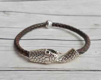 513fdbe33c8 Bruin gevlochten leren Ouroboros armband dames sieraden slangen sluiting  handgemaakte sieraden zilveren roos kraal uniek trendy item cadeau