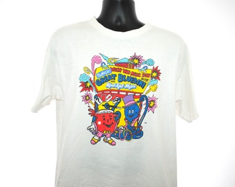 1992 Kool-Aid Man and The Great Bluedini Vintage Green to Blue Color Changing Classic 90's Pop Culture Flavored Drink Mix Promo T-Shirt
