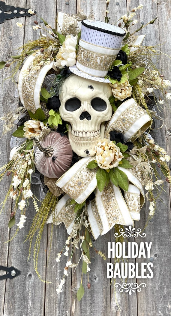 Halloween Wreath, Skull Wreath, Elegant Halloween Wreath, Halloween Decor, Mr. Bones Wreath, Skelly Wreath, Skeleton Wreath