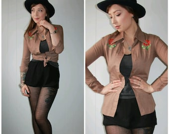Vintage Western Cowboy Brown Long Sleeve Collared Button Up Shirt with Embroidered Flowers