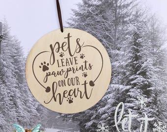 Pet Memorial Ornamant, Dog Memorioral, Cat Memorial, Christmas Holiday Memorial Ornament,  5 inch Wood disc Ornament, In Memory of