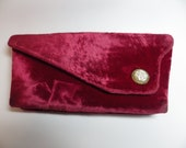 1950s Vintage Evening Bag Clutch Red Crushed Velvet Fresh Water Pearl Clasp Ball Chain Finger Hold