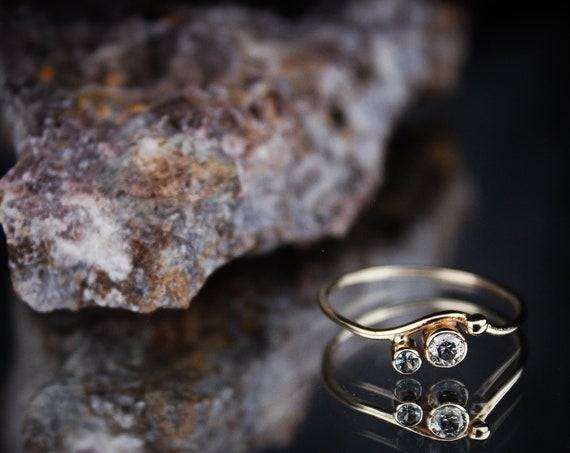 Rooted//14K Gold Conflict Free Gray Diamond//Montana Sapphire Engagement or Wedding Ring//Size 6