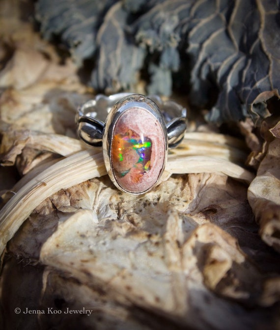 The Cercis Ring//Natural Mexican Fire Opal//Size 9.25-9.5//Repoussé Band