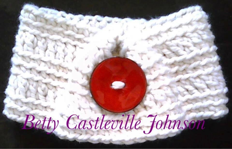 PDF- North Wind Cowl- Crochet Giant button cowl