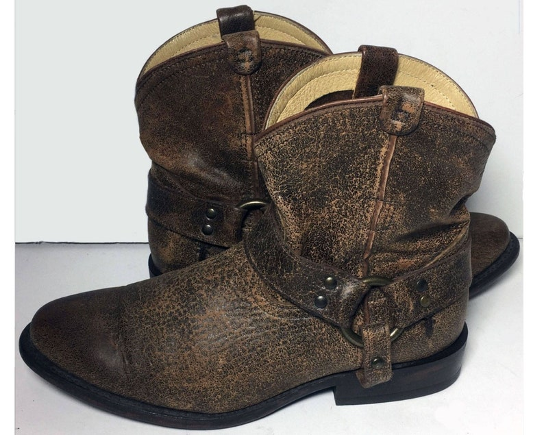 92624037335 7.5 us || 38 euro || 6.5 uk || Frye 76683 Wyatt Harness Short Brown Leather  Western Cowboy Cowgirl Boots Women || Vintage Riding Motorcycle