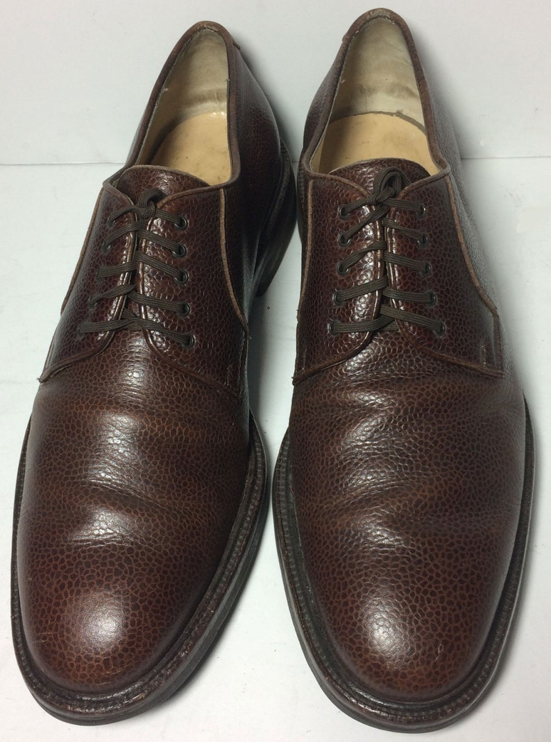 b0aeb5ec62 SALVATORE FERRAGAMO Brown Pebbled Leather Derby Shoes