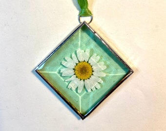 Pressed Flower Sun Catchers - Stained Glass Ornaments - Gift for MOM,  friend, hostess