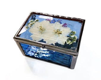 Small Pressed Flower Ring Box - Stained Glass - Jewelry Gift Box