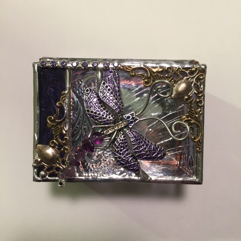 Jewelry Gift Box  Ring Box  Dragonfly Themed Gift  image 0