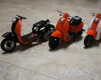 Customizable 3D Printed 1/10 Scale Metropolitan Scooter