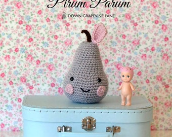 Crochet pear - Pirum Parum -  CUSTOM SPOT