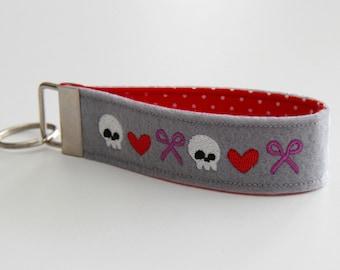 Loves to sew Keychain Grey