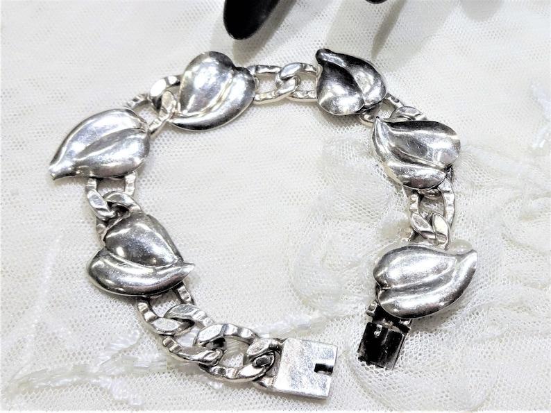 Lovely Vintage Sterling Napier Leaf Chain Link Bracelet