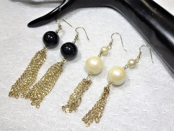 One set stunning Red and Gold One Set of dangling Jade and Gold. Two sets of Vintage earrings