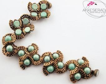 English pattern for the Fancy Fan bracelet