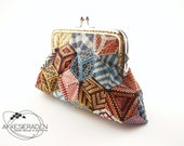 Englisch explanation on how to make an patchwork coin purse