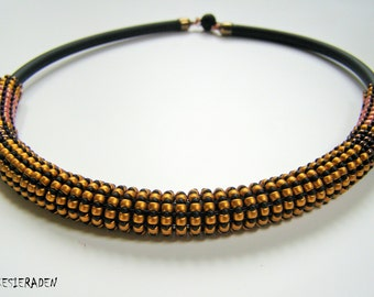 English pattern for the necklace Ridges an Rows